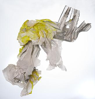 Gilles Hirzel Avis de tempête, 2018 - Aluminium et papier pigmenté, 145 x 50 x 170 cm, 1 200 €